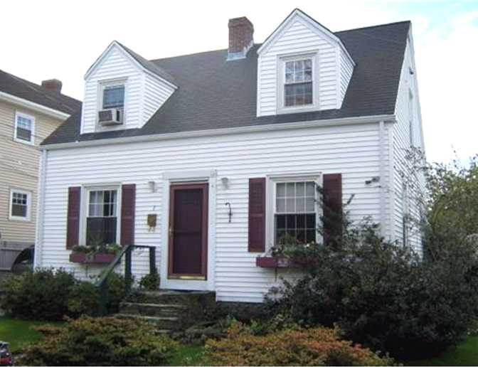 2 bedroom house for sale in newport ri bellevue realtors for 2 bedroom house for sale